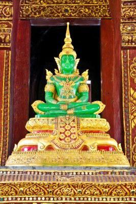 buddha-de-smaralds